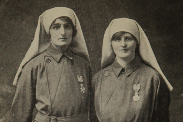 Elsie Knocker and Mairi Chisolm included in Women of the War, 1918 ©‎ U.S. National Library of Medicine